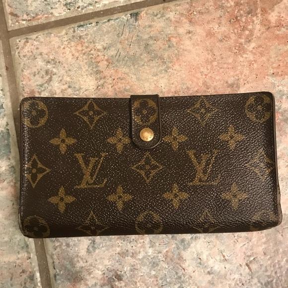 fa87081ce7b0 Louis Vuitton Handbags - Louis Vuitton women s wallet